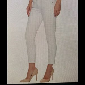 AG  The Prima Roll Up Jean 25